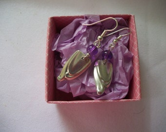 A great pair of earrings handcrafted from vintage silverware with a handmade free gift box