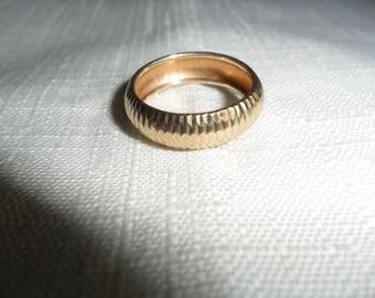 Vintage 10K Gold Band Ring Size 6