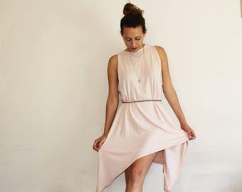 Pale Pink Dress // everyday dress