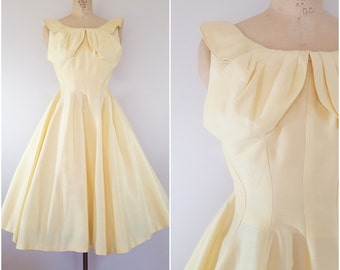Vintage 1950s Pale Yellow Dress / Spring Dress / 50s Dress / XS