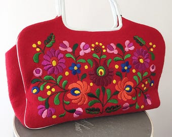 1960s Mod Red Embroidered Purse