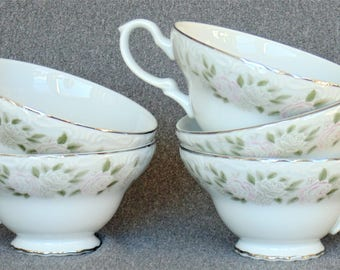 5 Porcelain Footed Cups Sheffield Fine China Classic 501 Rose Pattern Pink & White Roses Excellent BRAND NEW CONDITION