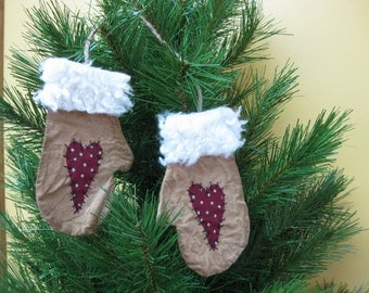 Primitive Mitten Ornaments - Flat Christmas Mittens with Hearts - Muslin Grungy Fabric - Primitive Holiday Decor - Christmas Ornaments