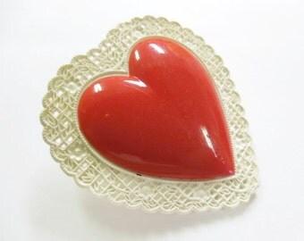 Vintage Plastic Valentine Heart Brooch, Celluloid Heart Shaped Brooch, Sweetheart Plastic Brooch, Collectible Valentine Heart Brooch