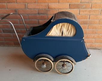 Vintage Storkline Baby Carriage. 1930's Art-Deco Streamline Baby Stroller.