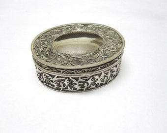 Oval Silver Trinket Jewelry Box Ornate Decorated Gift Box