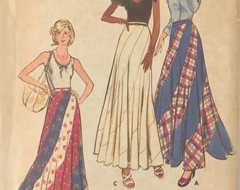 Butterick 3557, Long Swirl 1970's Skirt, Boho Maxi Festival Skirt, Waist 25, Hip 34.5