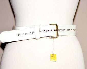 1960s or 1970s wide white leather belt / mod hippie retro ladies fashion / cut out design / new old stock with tag