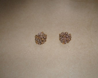 vintage clip on earrings pink seed beads glass bead clusters