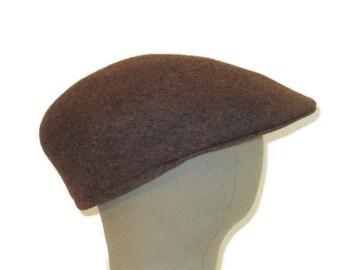 60s Newsboy Cap Brown Flat Cap Wool Peaked Hat Brown Newsboy Hat 1960s Driving Cap Made in England Brown Driving Hat Brown Wool Cap