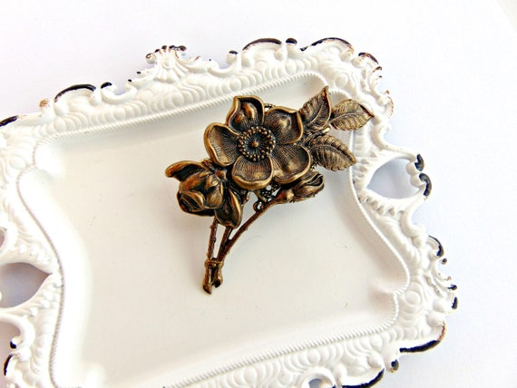 Floral Hair Clip, Flower Hair clip, Floral Hair Barrette, Flower clip, Antique Brass, Cherry Blossom, Flowering Dogwood Clip SPRING FLOWER