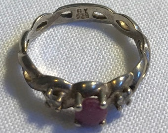 Vintage Sterling Silver Red Stone Ring-Size 5