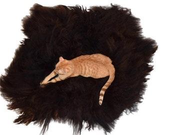 Felted Wool Fleece Cat Bed - Navajo Churro Lamb Wool Rug - Humane Sheepskin