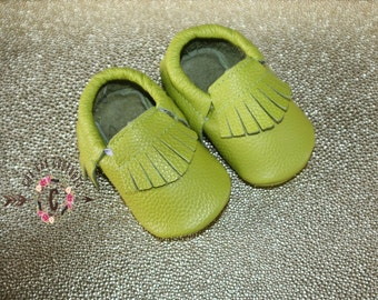 WOW! Lime Green Fringes  Moccasins 100% genuine leather baby moccasins Mocs moccs