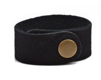 "3 BLACK LEATHER CUFF Bracelet Blanks, 1"" wide, 3 leather bracelet cuffs, brass snaps, Lth0012"
