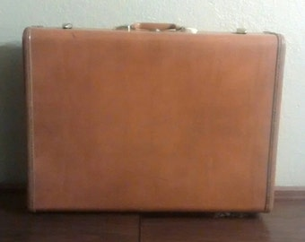 Vintage Samsonite Luggage, with key, style 4635, 1950's suitcase,Caramel Color, Hard-case