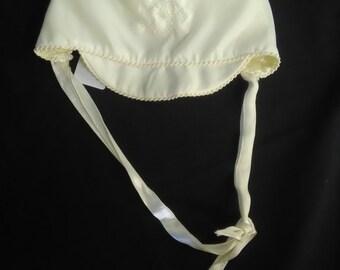 Vintage Cream White Baby Girls Bonnet