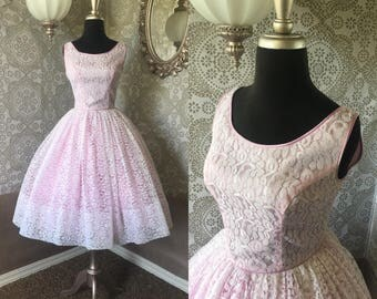 Vintage 1950's Light Purple and White Lace Cocktail Dress S/XS