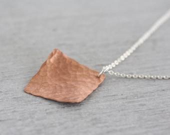 Copper Diamond Shaped Necklace, Handmade Copper Necklace, Textured Necklace, Hammered Necklace : CdiNlHD