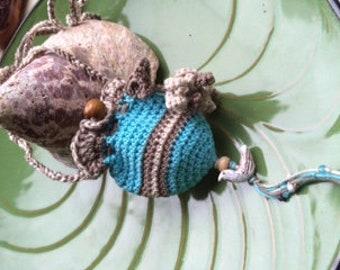 Amulet bag ~ Beach series ~ Crochet pouch to wear ~