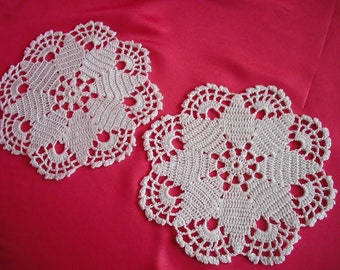 round crochet doily  set of 2. new. ready to ship