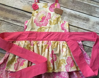 Girl Size 6-10 Apron in Fresh Poppies