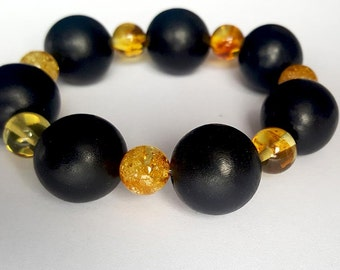 Baltic Amber Bracelet Christmas gift, X mas gift for her, natural Baltic amber and White Wood bracelet, 波羅的海琥珀手鍊, バルト琥珀ブレスレット,  Armband