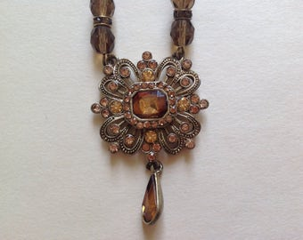 Amazing Avon Gold Crystal Necklace & Dangle Pendant