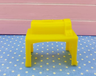Marx Superior Yellow  laundry Mangle Soft  Plastic Laundry room