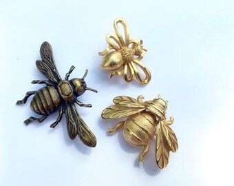 Vintage Bug Butterfly Insect Scatter Pins Set of 3 Designer Signed Retro Fashion Winged Fashion Jewelry
