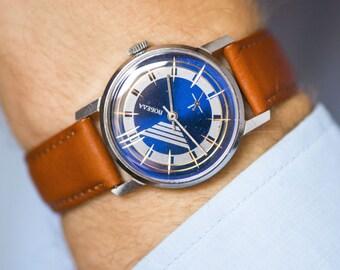 Modern men's watch Pobeda, men's wrist watch navy silver, stripy face gent's watch, watch him very good condition,genuine leather strap new
