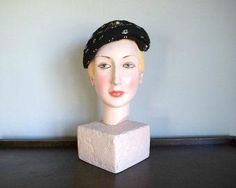 1950s wool felt hat . vintage 50s hat with studs