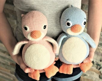 PATTERN: Cara and Milo the Penguins - Crochet Amigurumi Pattern - Penguin Crochet PDF Tutorial - in English - Instant Download -Printable