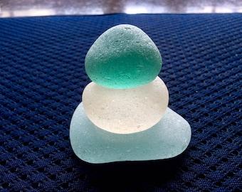 Aqua Boulder w White Bottle Bottom Sea Glass Stacker SGS-M10-3