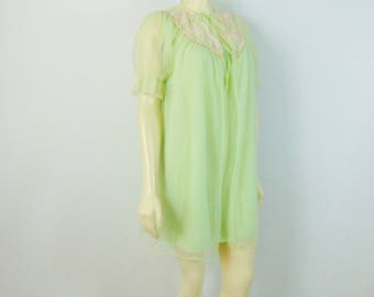 Vintage Nightgown & Peignoir Lime Green Nightie and Chiffon Robe Mad Men Sandra Dee Slumber Party Nightie Set Size Small
