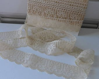 """Lace Destash Tea stained Lace vintage 70s   over 4 yards 1- 1/8"""" wide Supply"""