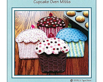 Hot Cakes Cupcake Oven Mitts Pattern