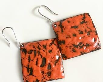 Red earrings Black earrings Square earrings Enameled earrings Dangle earrings Texture earrings Bold earrings Edgy earrings Flirty earrings