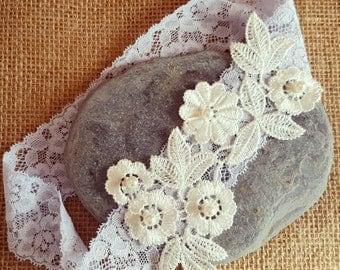Blue garter, Lace Wedding Garter, bridal garter, Floral garter, something blue