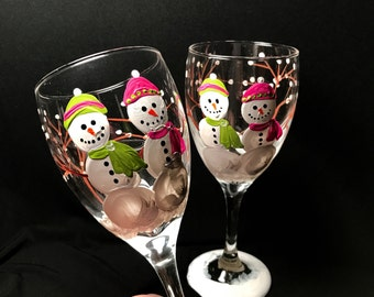Free shipping Snowman wine glasses hand painted pair personalizing available for the holidays