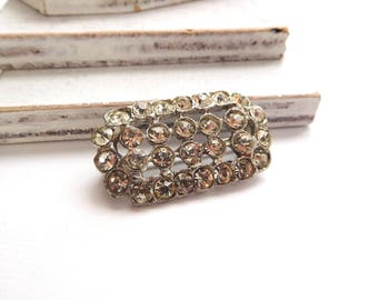 Vintage Shimmering Clear Rhinestone Silver Tone Estate Brooch Pin V30