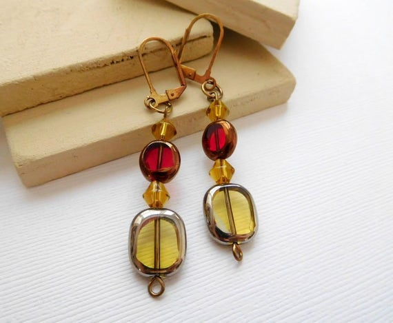 Vintage Ruby Red Golden Yellow Glass Bead Antiqued Gold Tone Dangle Earrings A18