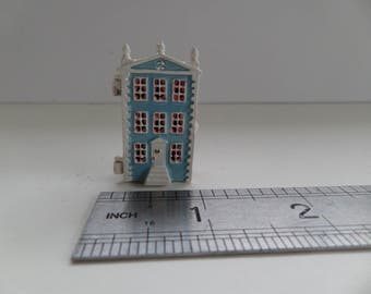 1:12th Dolls House Toy/Ornament  for the Dolls House Nursery