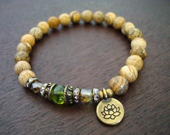 Women's Peridot Mala Bracelet // August Birthstone Mala Bracelet // Yoga, Buddhist, Meditation, Mala Beads, Jewelry, Yoga Jewelry