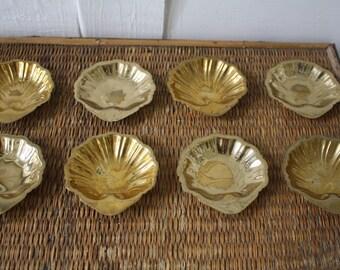 brass shell salt cellars, set of eight, eight brass salt cellars, eight brass butter pats, Hollywood Regency, brass shells