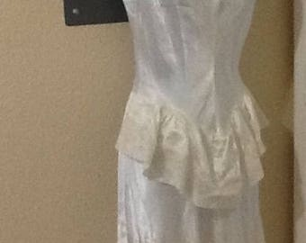 Rona Gay Off White cream long nightgown size 34