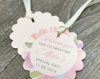 Adorable flower shaped favor tags with watercolor flowers for baptism, baby shower, bridal shower - and much more!