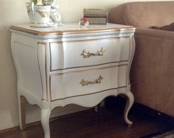 Large White and Gold Trim French Hollywood Regency End Table, Nightstand