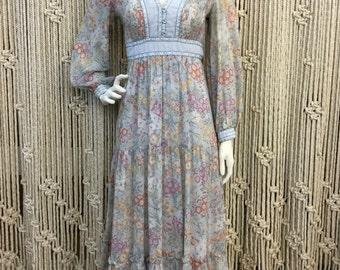 Stunning 1970's soft blue floral Candi Jones California romantic bohemian maxi dress