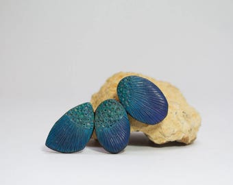 large geometric brooch in peacock colors, blue and green polymer clay shawl pin, art jewelry by Jagna Birecka